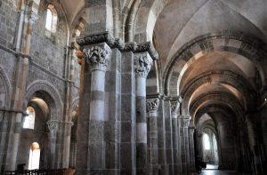 Arte medieval Características, historia, arquitectura, escultura, pintura