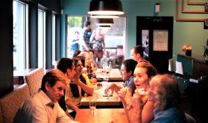 Socialización Qué es, definición, función, objetivos, tipos, normas, valores