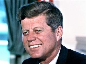 John F. Kennedy Quién fue, biografía, qué hizo, presidencia, ideología, obras