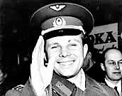 Yuri Gagarin Quién fue, biografía, muerte, carrera espacial, educación, frases