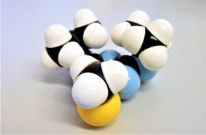 Molécula Qué son, características, tipos, partes, formación, ejemplos, movimiento
