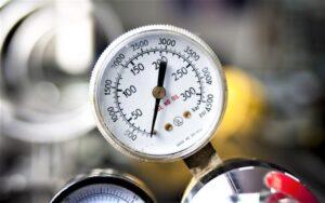 Manómetro Qué es, para qué sirve, características, partes, tipos, cómo se usa