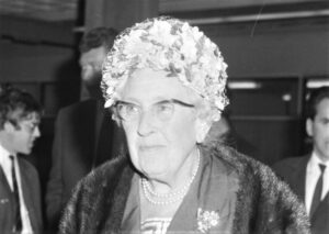 Agatha Christie Quién fue, biografía, estilo, características, obras, frases
