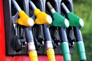 Gasolina Qué es, para qué sirve, tipos, características, ventajas, obtención