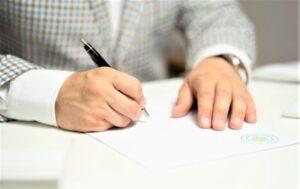 Escritura pública | Qué es, definición, características, partes, para qué sirve