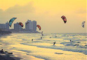 Kitesurf | Qué es, características, historia, fundamentos, reglas, categorías