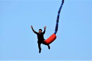 Puenting | Qué es, características, historia, fundamentos, tipos de saltos