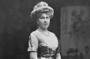 Victoria Eugenia de Battenberg | Quién fue, qué hizo, biografía, muerte