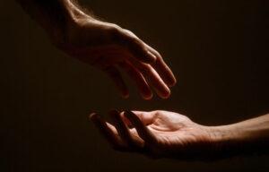 Empatía | Qué es, características, para qué sirve, tipos, cómo se desarrolla