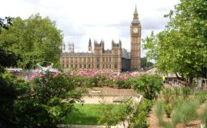 Parlamento | Qué es, características, para qué sirve, cómo funciona, tipos